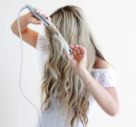 Featured Image of Best Flat Iron for Beachy Wave