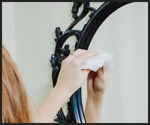 Cleaning Makeup Mirror